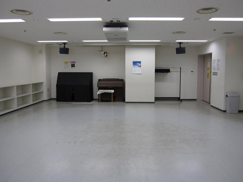 視聴覚室1枚目の写真